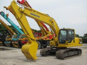 Komatsu PC 200 Hydraulic Excavator