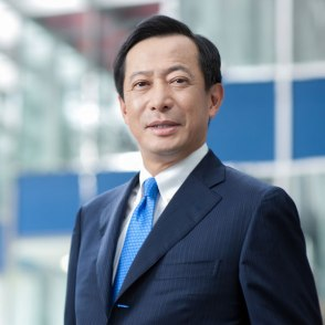 singapore-corporate-editorial-photography-for-BTMU-01