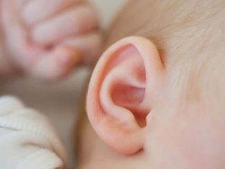 Orta kulak iltihabı nedir ve neden olur