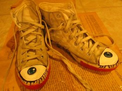 Today, I took an old pair of white (mostly gray now) converse and painted eyes on the toe! It was a lot of fun making these shoes almost like brand new. As the year goes on, I think it would be fun to add more to it.