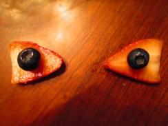 Day 243 3/11/14 Ojos de Fresas