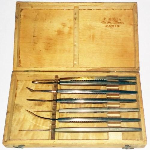 Antique eye surgical kit 1900 FranceAntique eye surgical kit 1900 France
