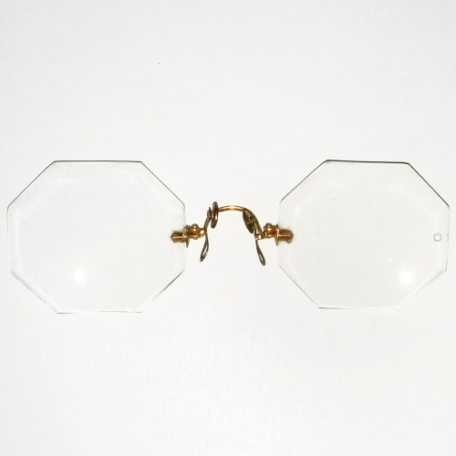 Octagonal lens pince nez