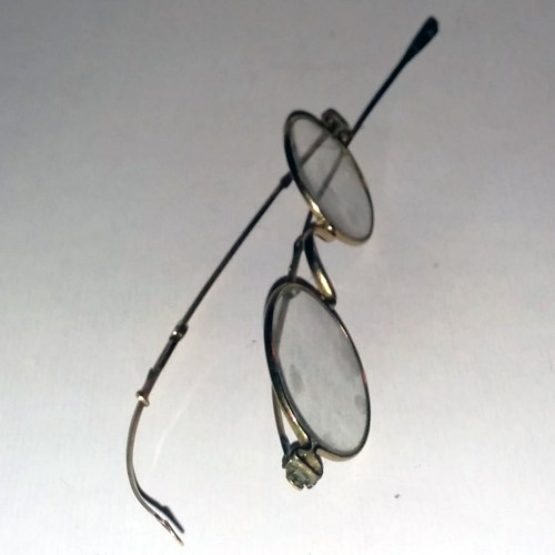 Gold wire-rim spectacles 1890