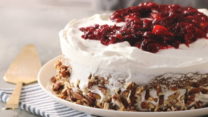 How to Make Apple Spice Cake with Homemade Cranberry-Mandarin Compote   EatingWell