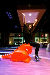 Su kidding around…in an attempt to help my pathetic bowling skills