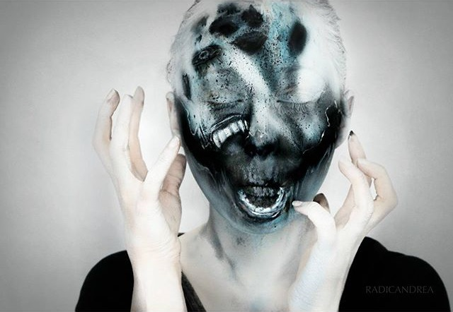 AD-Horror-Makeup-Transformations-44