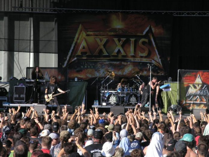 Masters_of_Rock_2007_-_Axxis_-_01