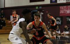 PREVIEW: Varsity Boys Basketball to host Burbank