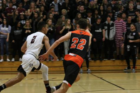 Boys Varsity Basketball falls to Ponderosa
