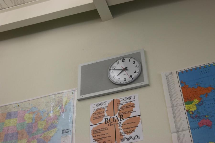 Según a RHS la superintendente Denise Herrmann, RJUHSD no tiene ningún plan para retrasar las horas de empiezo de la escuela más tarde de lo que está actualmente vigente.