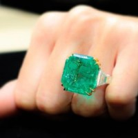 A Gorgeous 31.49 Carats Colombian Emerald and Diamond Ring