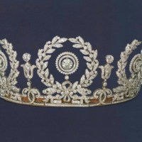 A Gorgeous Antique Wreath Diamond Tiara made by Cartier circa 1917