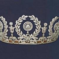 A Gorgeous Antique Wreath Diamond Tiara made by Cartier circa 1917