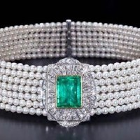 An Exquisite Art Deco Pearl, Emerald and Diamond Collier De Chien Choker Necklace