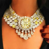 A Gorgeous Yellow Diamond and Diamond Necklace