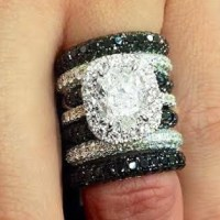 Gorgeous Black and White Diamond Ring