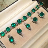 Gorgeous Emerald Rings