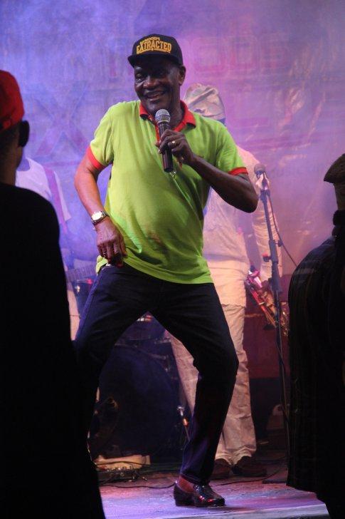 Jimi Solanke dancing - photo by Eyes of a Lagos Boy