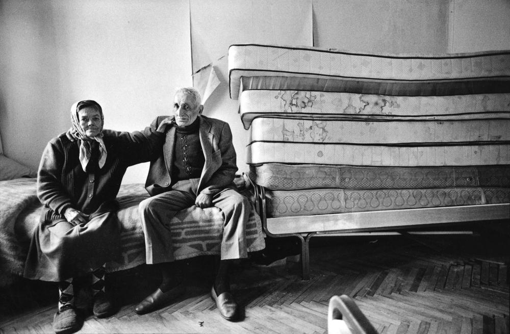 In un ospizio per anziani, Mostar (Bosnia-Erzegovina), 1992