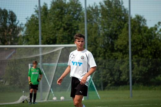 Emil Helander (P97 Elit) gjorde fyra mål för ÖSK då IK Sirius besegrades på bortaplan med 7-4.