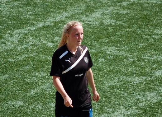 Sara Sandberg reser med landslaget till Island.