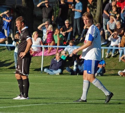 Jättedödaren Karahmet: Tre mål mot Karlstad BK i den första cupmatchen och idag sänkte han ÖSK med två till. Peter Samuelsson däremot fick lämna planen mållös.