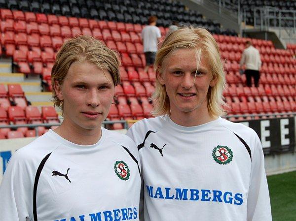 Innan Kalle tog steget till ÖSKs A-trupp gjorde han en hel del mål för ÖSKs talangtrupp. Här på ett målgörarfoto från 2011 (Jonsered hemma 2-1) tillsammans med den alltid målfarlige Adam Botvidsson.