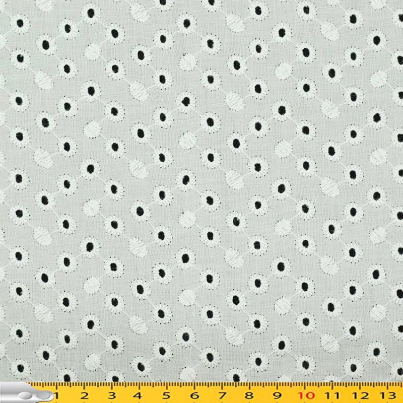 Tissu broderie anglaise Emmy Blanc 100% coton © Eyrelles Tissus
