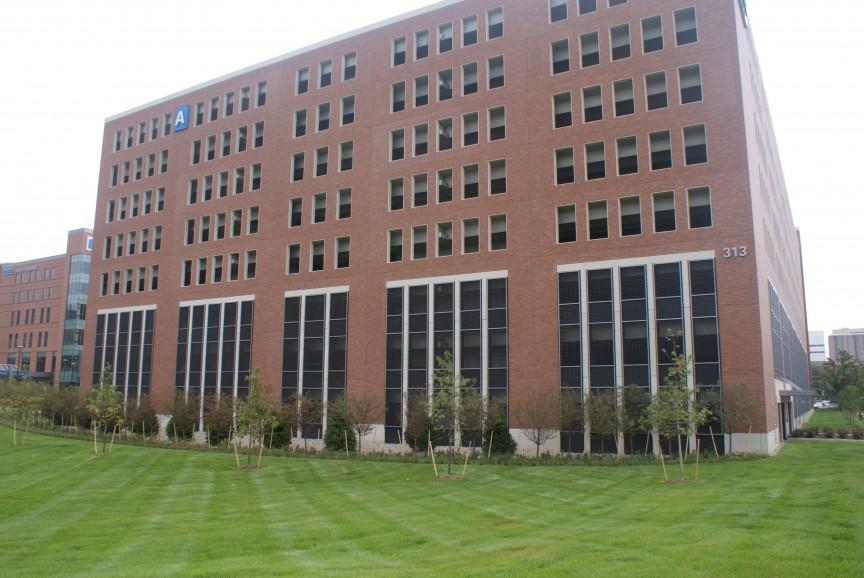 Detroit Medical Center Parking Garage – Architectural
