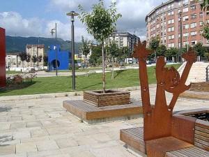 bar-gernika-par-esculturas1
