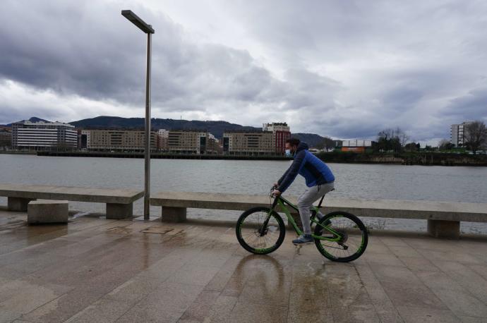 Un bulevar y un puente para bicis y peatones conectarán Bilbao, Erandio, Barakaldo, Leioa y Getxo