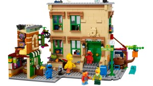 LEGO Goes to 'Sesame Street' With Its Latest IDEAS Set, Available November 1st