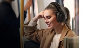 Jabra's Elite 85h Over-Ear ANC Headphones Are on Sale for $150 ($100 Off)