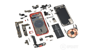 The Teensy-Weensie iPhone 12 Gets a Teensy-Weensie Teardown from iFixit