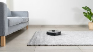 Wyze Opens Pre-Orders for a $200 Robot Vacuum