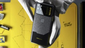 OnePlus' Special Cyberpunk 2077 8T Is Now Available to Purchase in China