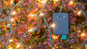Wyze's Latest $10 Smart Plug Goes Outdoors to Power Your Christmas Lights