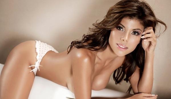 sexy hot sports babe Mirella grisales
