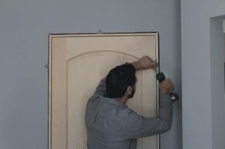 how to hang a door, step 3, hang it