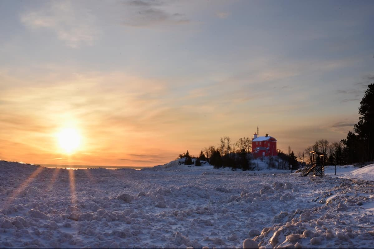 Weather for Marquette Michigan: How to Survive in the UP