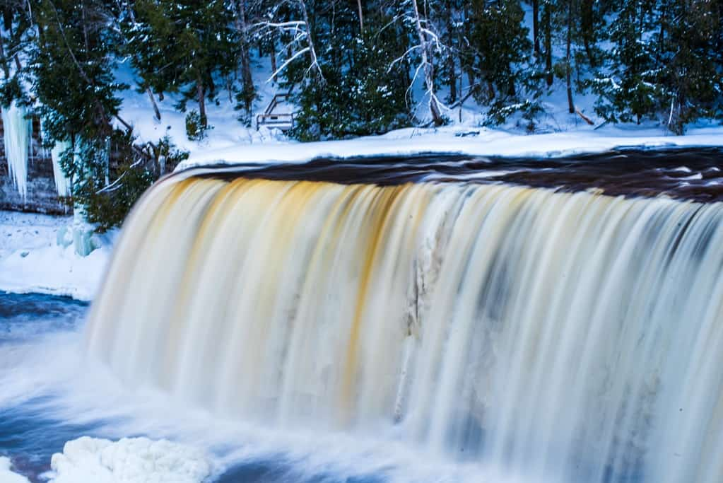 Michigan Waterfalls: 5 Spectacular Waterfalls for today