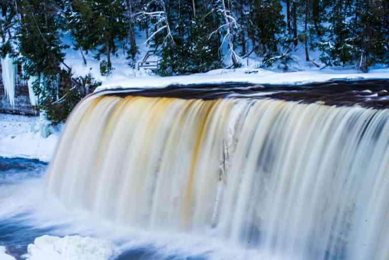 Michigan Waterfalls: 5 Waterfalls to go Chasing Today