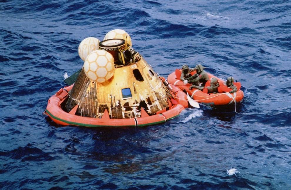 Кто преследовал американскую лунную миссию Апполон 11 ?