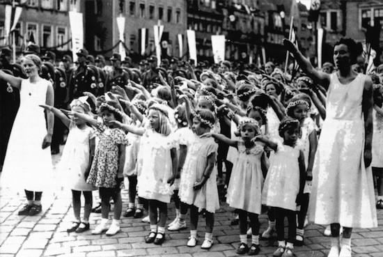 фашизм и дети