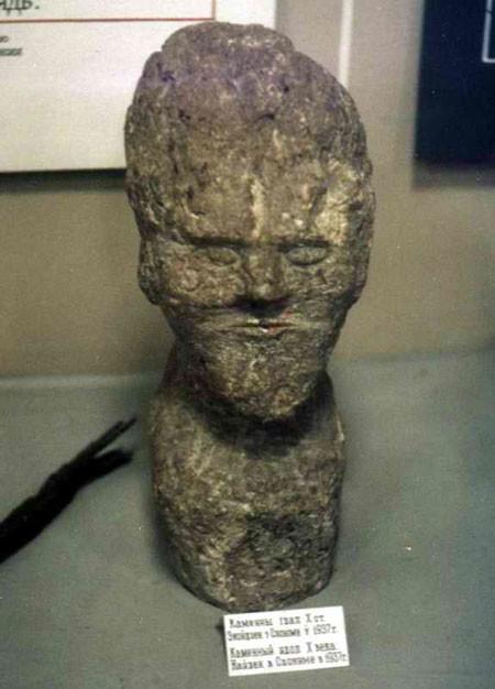 Древняя Беларусь. Слонимский идол. Датируется приблизительно X в.