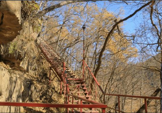 Лестница к лику Христа в архызе