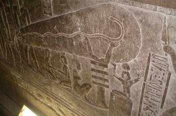 Древнее электричество в храмах Египтян