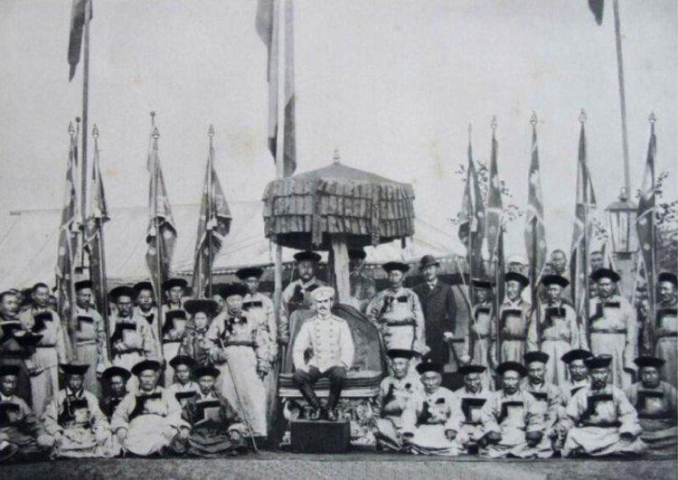 Пандидо Хамбо-ламы - Николай II среди лам