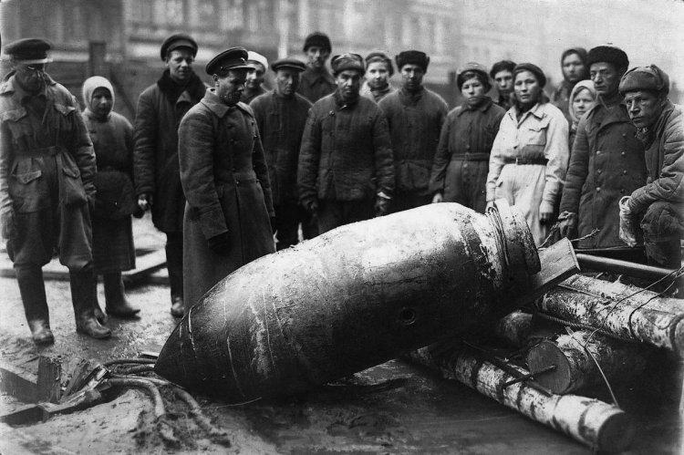 бомба в ленинграде